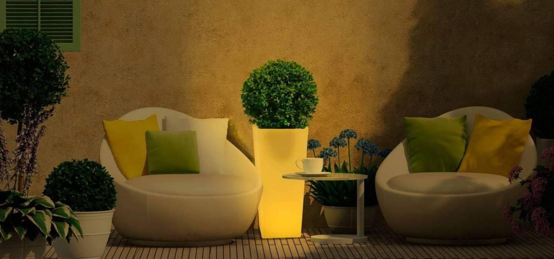 Záhradné svietidlá - svietiaci kvetináč
