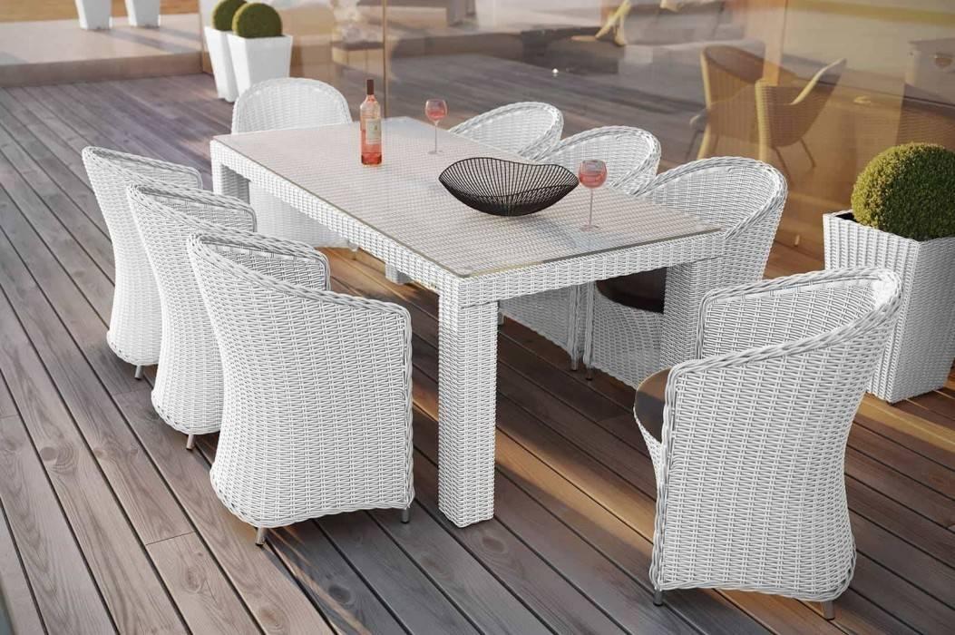 Stôl a stoličky na terasu - miesto pre rodinu vo vašej záhrade