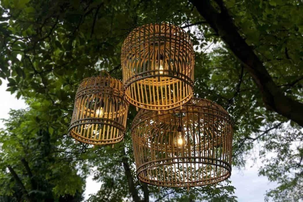 Bambusové lampy - pôsobivé doplnky na vašu terasu