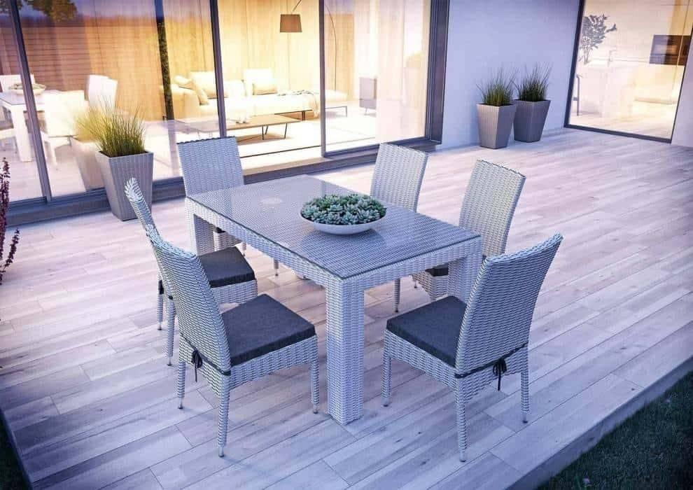 Jedáleň na terase - miesto pre rodinné stretnutia
