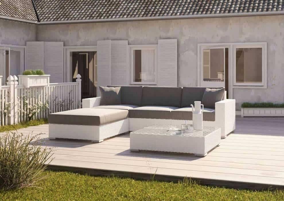 Konferenčný stolík na terasu pre naozajstný odpočinok