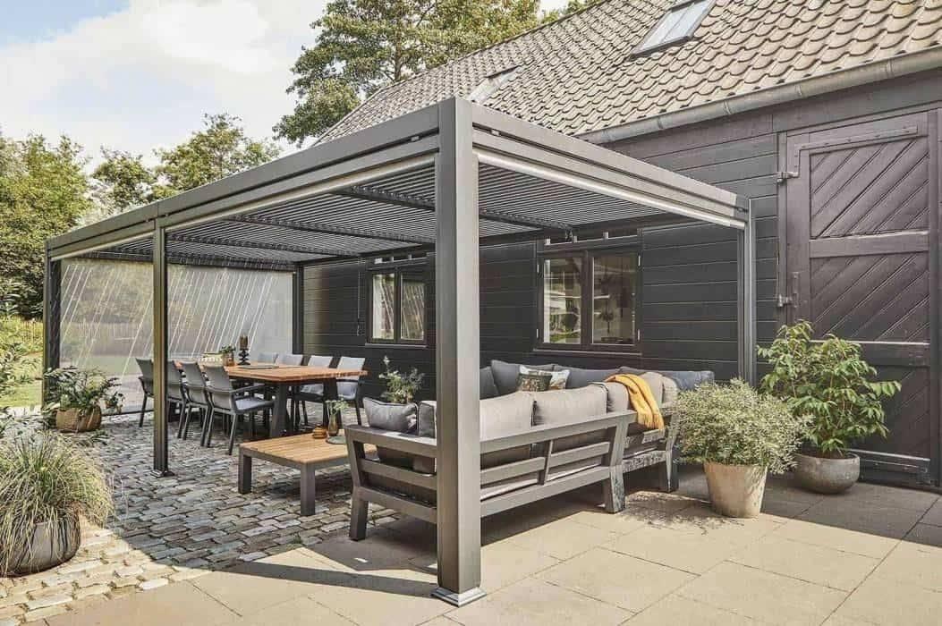 Záhradné prístrešky - ideálne riešenia do moderných záhrad