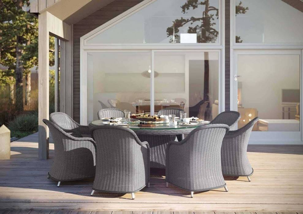 Sivý záhradný nábytok z umelého ratanu - moderné a praktické vybavenie na terasu i balkón