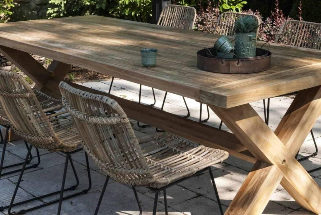 Záhradný nábytok z exotického dreva - dovolenková atmosféra vo vašej záhrade