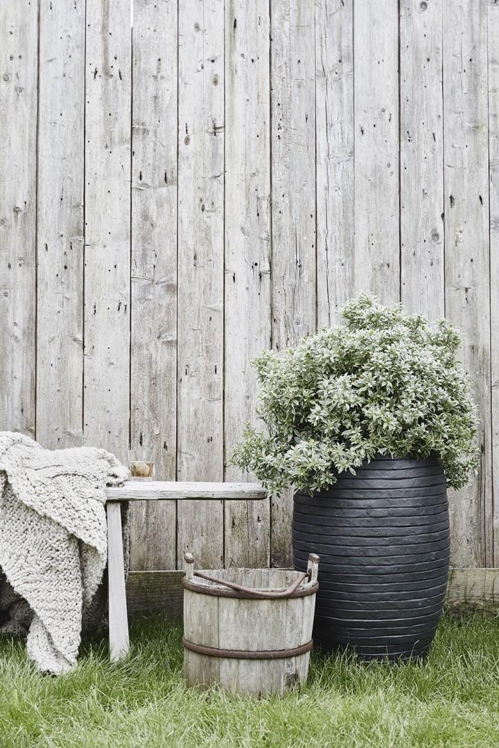 Záhradný kvetináč OFI931 26cm
