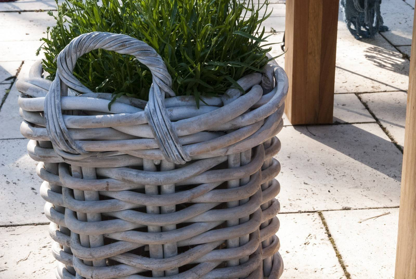 Záhradný ratanový kvetináč RENNES ⌀65 výška55cm biela
