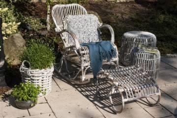Záhradná ratanová podnožka CANNES praná biela