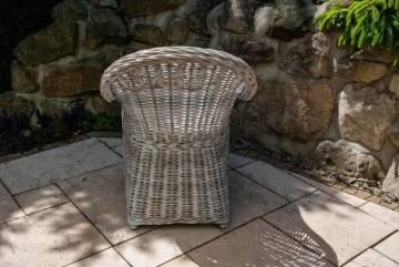 Záhradné ratanové kreslo VERSAILLES praná biela