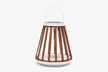 Záhradný lampáš Mrs. Solar Kate teak biela M