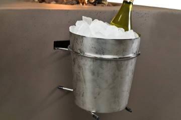 Nádoba na víno do plynového krbu
